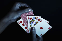 люди рук карточек metal играть s стоковая фотография