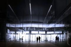 люди ходя по магазинам 2 мола Стоковая Фотография RF