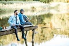 2 люд удя на озере Стоковые Фотографии RF