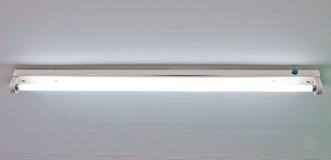 люминесцентная лампа стоковая фотография