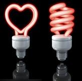 Люминесцентные лампы, спиральное форменное, сердце сформировали, красное зарево, перевод 3d на темной предпосылке Стоковые Изображения