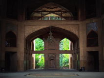 Люстра дворца Hast Behesht внутренняя и центральная в Isfahan стоковое фото rf