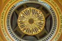 Люстра в дворце Stroganov в Санкт-Петербурге Стоковое Изображение RF