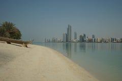 Люди Абу-Даби бросили шлюпку Стоковые Изображения RF