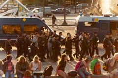 Люди арестованные на Месте de Ла конкорде Стоковые Фотографии RF