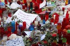 Люди воссоединили на ` s Rambla Барселоны после atack террориста Стоковое Изображение