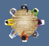 Люди встречая концепцию метода мозгового штурма корпоративного планирования Стоковая Фотография RF