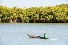 Люди в БАНЖУЛЕ, ГАМБИИ стоковые фото