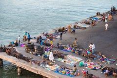 Люди в БАНЖУЛЕ, ГАМБИИ Стоковые Фотографии RF