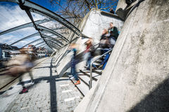 Люди в городе Стоковые Фотографии RF