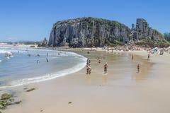 Люди в пляже Torres Стоковые Фотографии RF