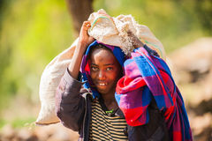 Люди в AKSUM, ЭФИОПИЯ Стоковое фото RF