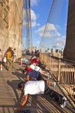 Люди делают тренировки нажима-вверх Стоковое Изображение RF