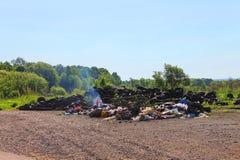 Люди загрязняют окружающую среду Стоковое фото RF