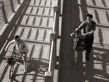 Люди и женщины в городе Стоковое Фото
