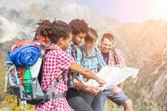Люди наверху горы Стоковое Изображение