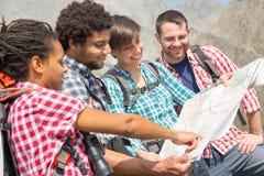 Люди наверху горы Стоковая Фотография RF