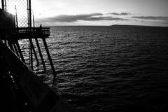 Люди на пристани в Калифорнии Стоковое Изображение RF