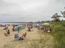 Люди на пляже в Уругвае стоковое фото rf
