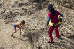 Люди на пляже, Ливан Стоковая Фотография