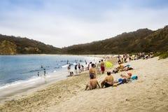 Люди на пляже Лос Frailes в эквадоре Стоковое Фото