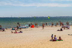 Люди на пляже, Sopot Стоковое Изображение RF