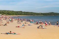 Люди на пляже, Sopot стоковые фотографии rf