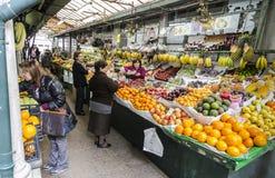 Люди на рынке Стоковые Изображения RF