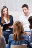 Люди на терапии группы Стоковые Фото
