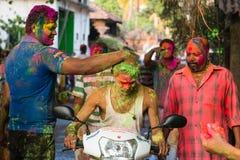 Люди на фестивале цветов Индии Стоковое фото RF