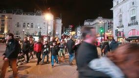 Люди на цирке Piccadilly, Лондоне акции видеоматериалы