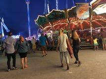 Люди на ярмарке Стоковая Фотография