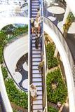 Люди на moving лестнице Стоковое Изображение RF