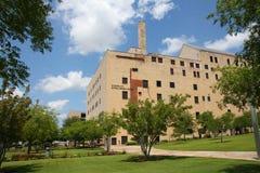 Люди посещают национальный мемориальный музей Оклахому Стоковые Фото