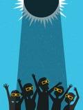 Люди празднуют наблюдать солнечное затмение с защитными стеклами бесплатная иллюстрация