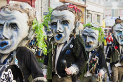 Люди принимать парад на масленице Люцерна в Люцерне, Швейцарии Стоковые Изображения