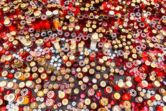 Люди приносят дань в памяти о жертвах в огне на клубе Colectiv Стоковая Фотография RF