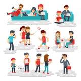 Люди при устройства vector плоский стиль изолированные на белой предпосылке Люди и женщины используют телефоны, smartphones, табл иллюстрация вектора