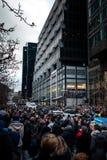 Люди собирая в памяти о нападении в Париже Стоковое Изображение