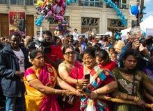 Люди участвуя в фестивале Ganesh в Париже, Франции Стоковое Изображение