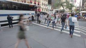 Люди Timelapse в Нью-Йорке акции видеоматериалы
