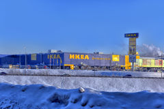 Магазины IKEA в зиме Стоковые Изображения