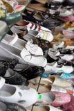 магазин ботинок полки Стоковые Изображения RF