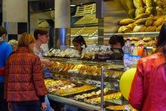 Магазин кондитерскаи на Marienplatz Стоковое Изображение