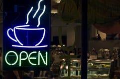 магазин кофе открытый Стоковое Изображение