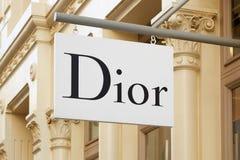 Магазин Кристиана Dior подписывает внутри улицу Greene, в Нью-Йорке Стоковая Фотография