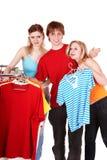магазин людей группы одежды Стоковое Фото