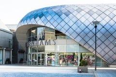 Магазин на заново построенном городском центре, St Edmunds Debenhams хоронити, суффольк, Великобритания Стоковая Фотография RF