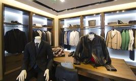 Магазин одежды людей Стоковая Фотография RF