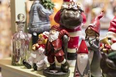 Магазин рождества сувениров и ювелирных изделий в городке Sainte-Andr в Венгрии Стоковые Изображения